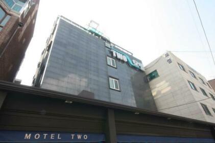 Jongno Two Hotel