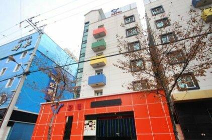 W Motel Tongyeong