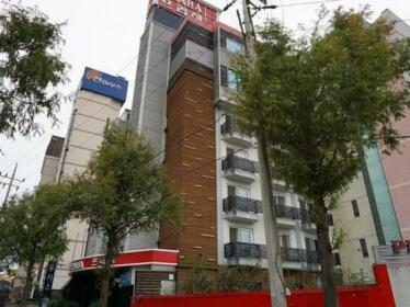 Goodstay Praha Hotel