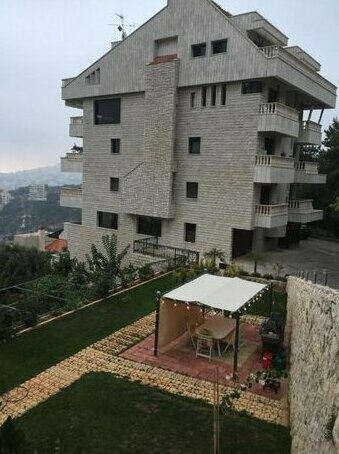 Apartment with Nice View Kfar Hbab
