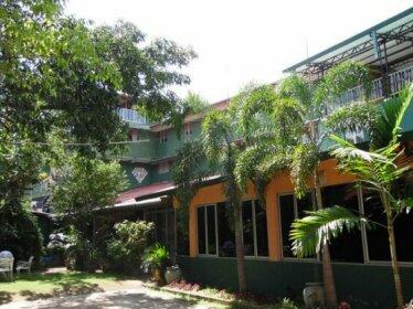 Hotel Dharshana