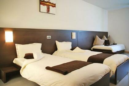 Threeland Hotel