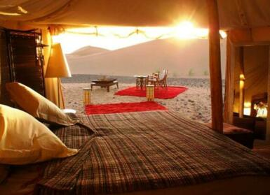 Le Red Sand Luxury Desert Camp