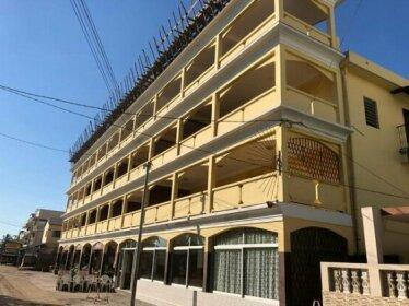 Hotel Menabe