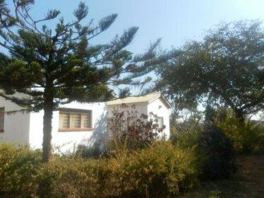 Homestay - Leafy cosy homestead in Lilongwe