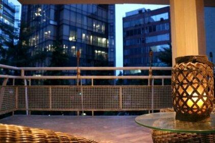 Shunya Apartment