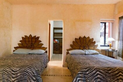 Lovely 2 Bedroom Home in Playacar