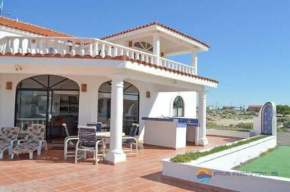 Casa Las Vistas del Mar by FMI Rentals