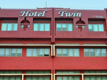 OYO 151 Twin Hotel