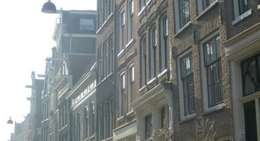 Amsterdam Lily apartment