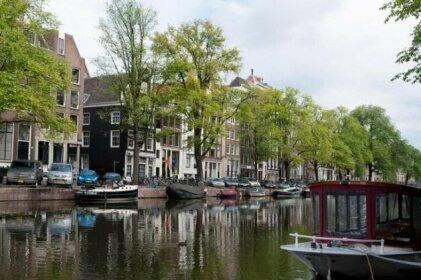 Canal Dream Apartment