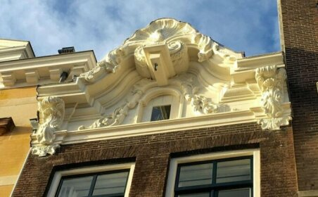 Herengracht Canal Apartment