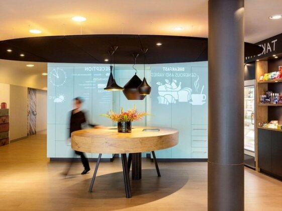 Ibis Amsterdam Centre Stopera- Photo2