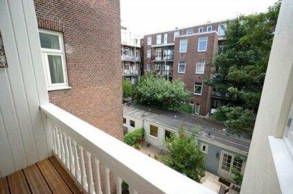 Kade I Apartment
