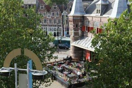 Nieuwmarkt Romantic Penthouse