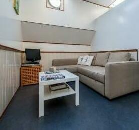 Saturnus houseboat Amsterdam