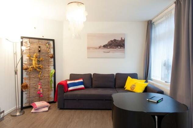 Thailand apartment Amsterdam- Photo5