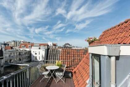 Warehouse apartment in city centre with private roofterrace