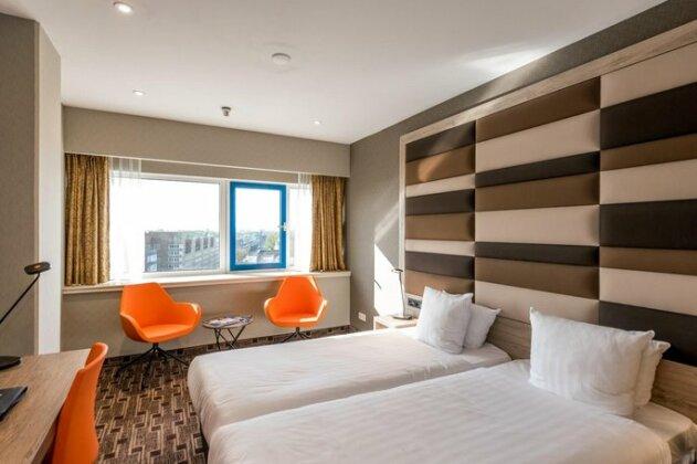 XO Hotels Blue Tower- Photo3