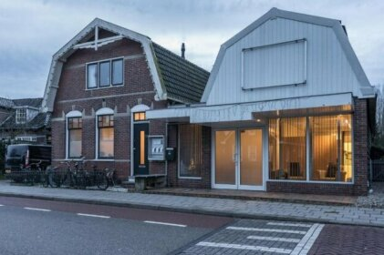 Place 2B in countryside of Amsterdam First Floor
