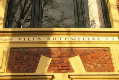 Villa Artemitiae