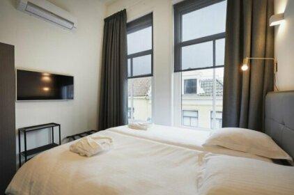 DE BANK - short stay apartments