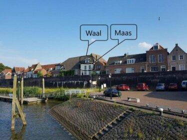 Waar Maas en Waal