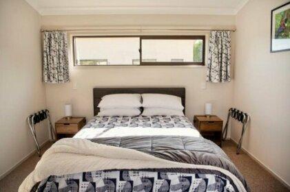 Kingfisher Lodge - Napier Holiday Home