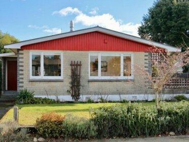 Fiordland House - Te Anau Holiday Home