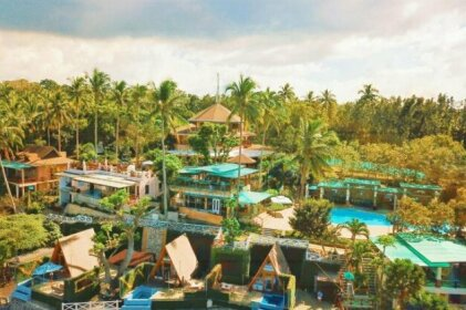 Noni's Resort