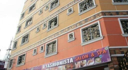 OYO 104 Manila Venetian Hotel
