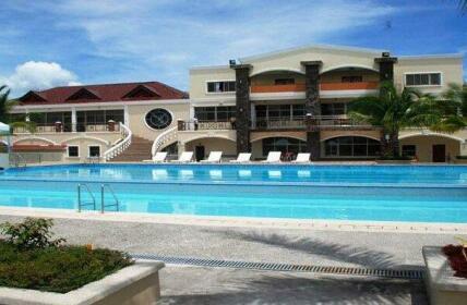 Macagang Hotel and Resort
