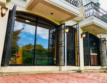 1bedroom Apt W/ Outdoor Jacuzzi Kitchen Living Dining Patio Garden