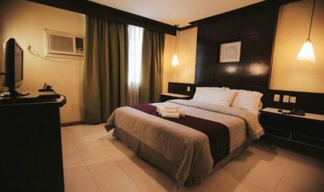 New Crown Hotel Naga City