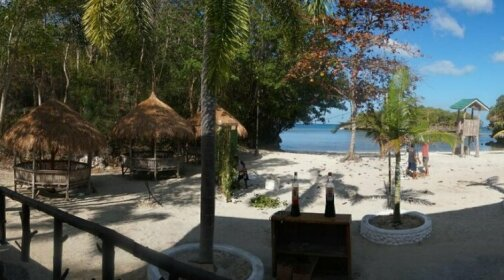 La Puerta El Paraizo Beach Resort