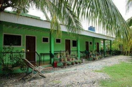 ZEN Rooms Villa Pamana Inn