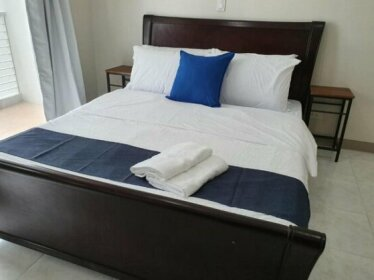 CLEAN and NEWLY Furnished Apt across St Lukes