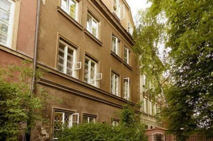 Stone Steps Apartments