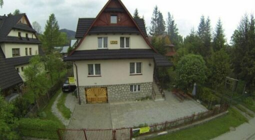 Dom Lesnik