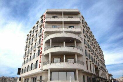 Manoly Plaza Hotel
