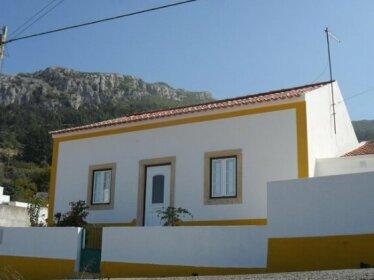 Casa Do Avo In Montejunto