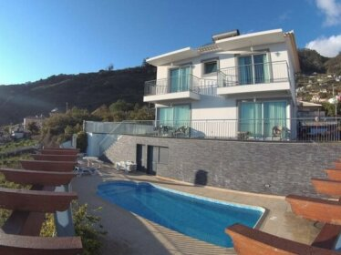 Vicky House with Ocean View