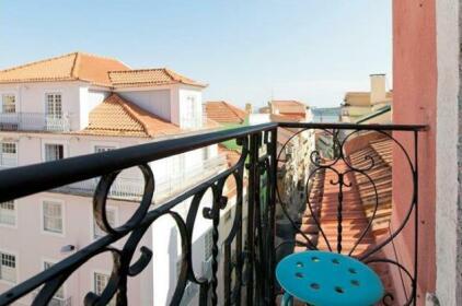 2 Br Apartment Balcony Sleeps 4 - Rpe 324
