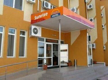 Hotel Sunrise Crisan