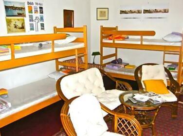 Mackenzie Hostel Belgrade