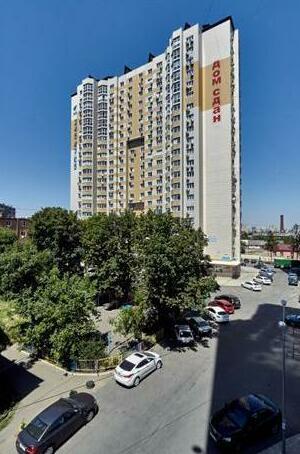 Uyutnaya Kvartira Apartments