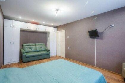 Apartment on Pokryshkina 11