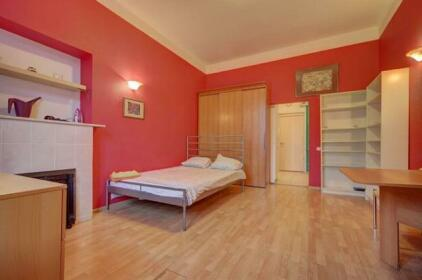 Apartment Longo Griboedova 9