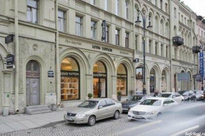 Apartments on Bolshaya Konyushennaya 13