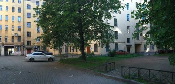 Apartments on Kamennoostrovskiy pr 9